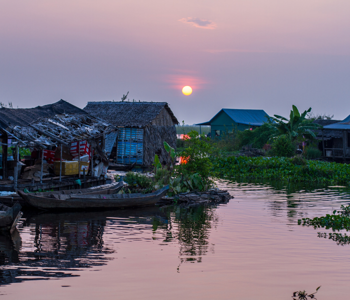 Mechrey-Village-Sunset Tonle-Sap